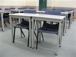 SDC - 09  鋼框學生檯